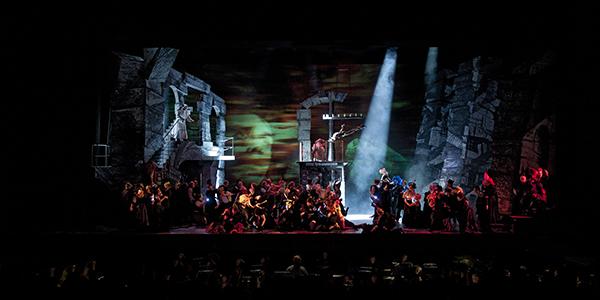 Solisten, Koor van De Nationale Opera en acteurs